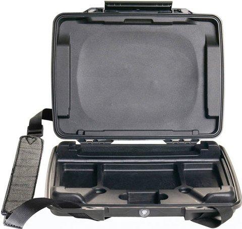 Pelican i1075 HardBack Case with iPad insert