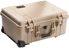 Pelican 1560LFC (1560LOC with Foam) Laptop Overnight Case - Desert Tan