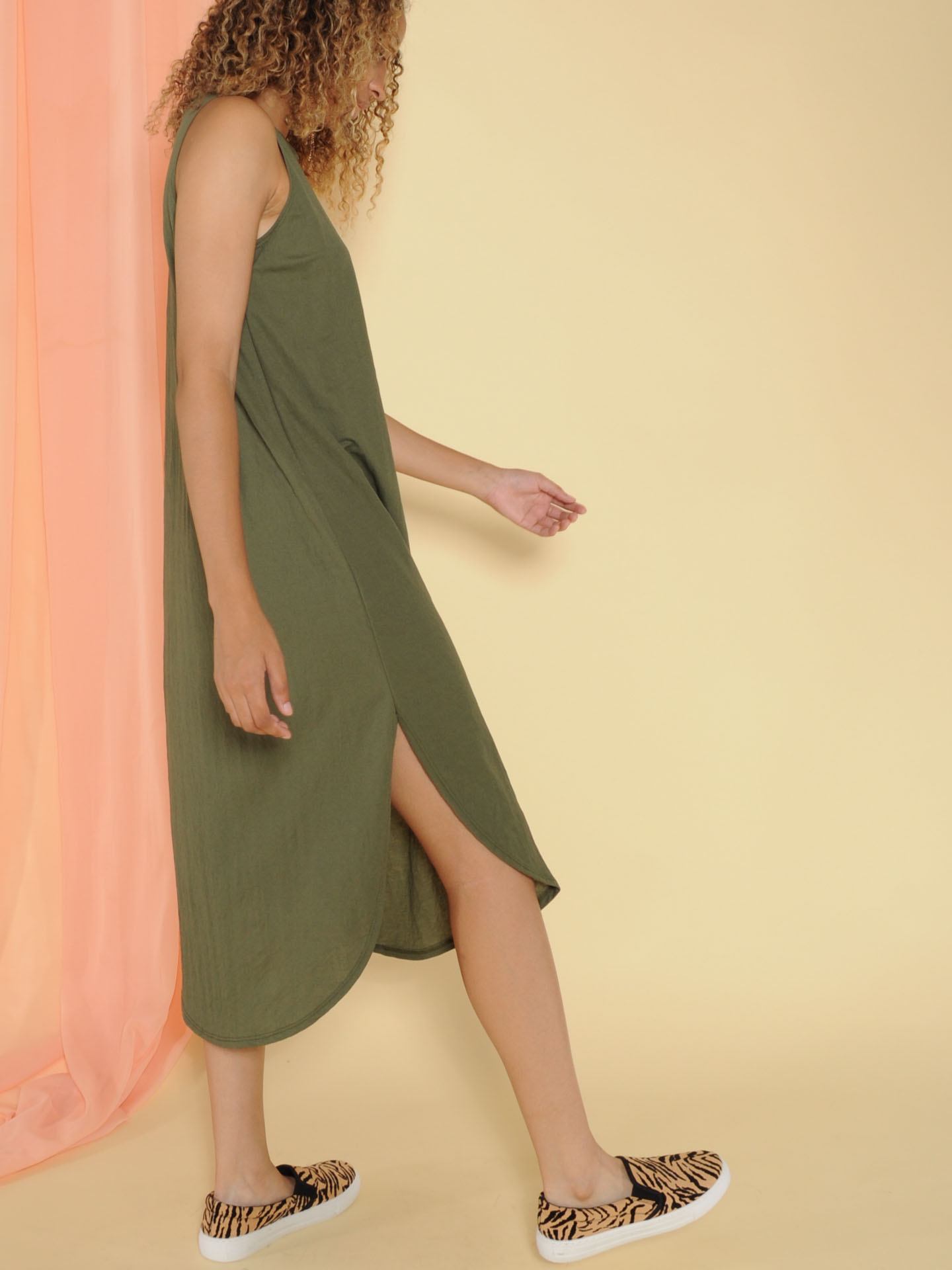 Jocelyn Dress Tank Maxi Basic Side Olive