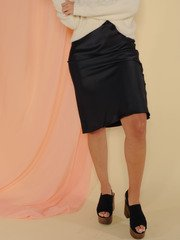 Superior Skirt Sleek and Satin Midi Black Front