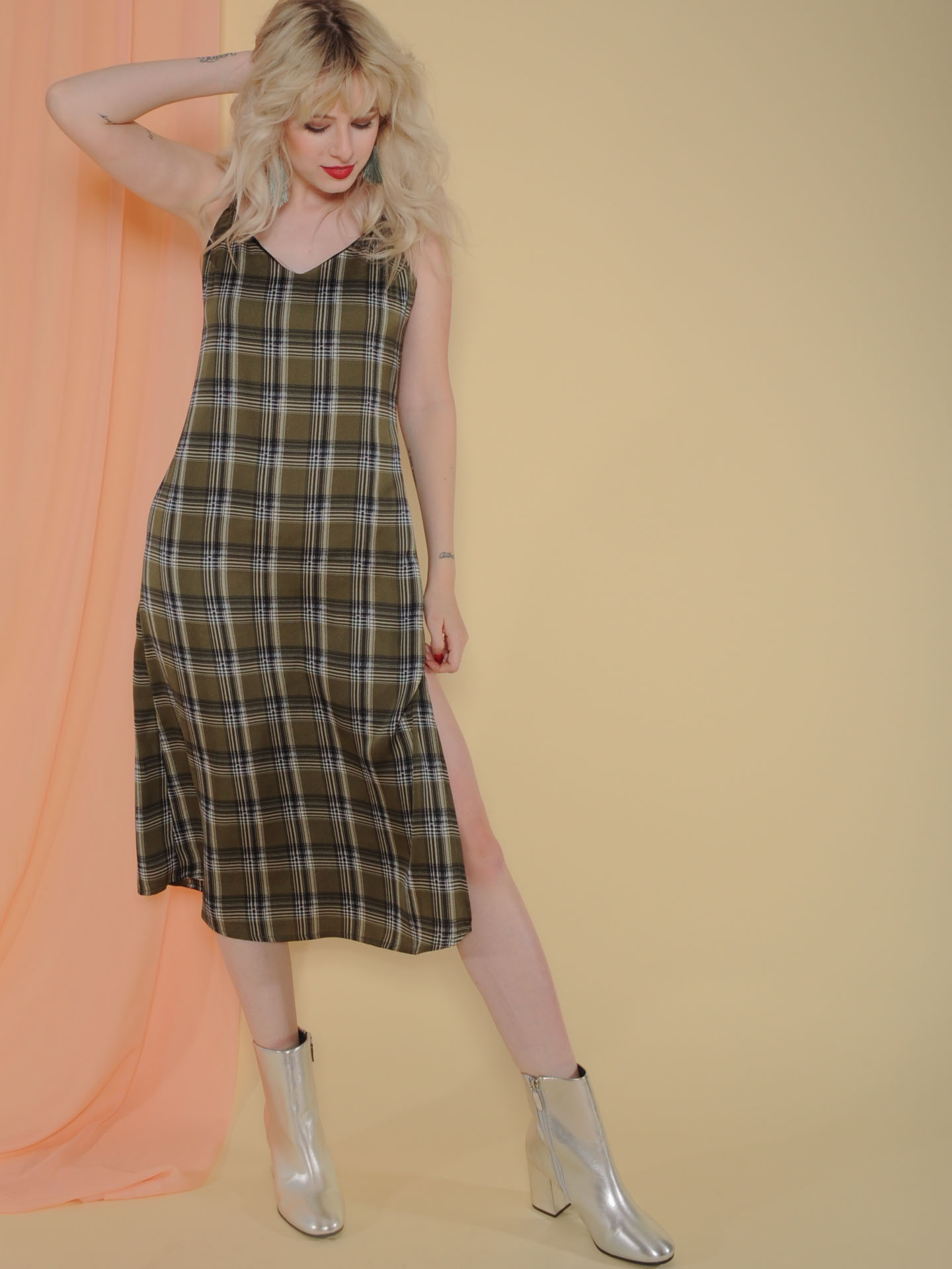 Becky Dress Midi Medras Plaid Olive Color Front