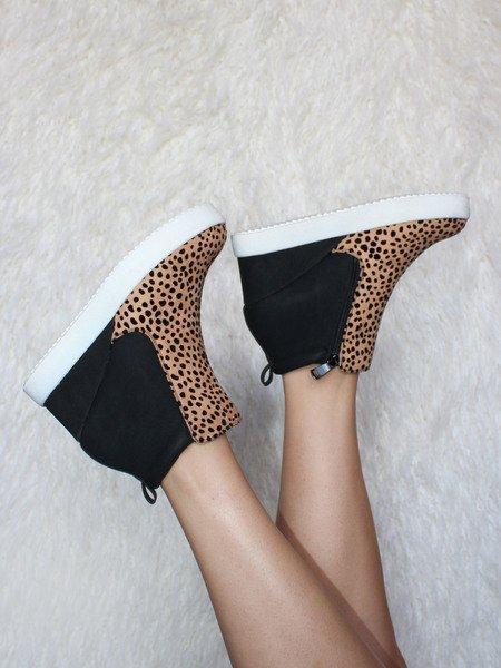 Rodina Sneaker Cheetah Spotted Heel
