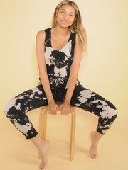 Bleached Jumper Comfy One PIece Pattern Jogger Front Sit