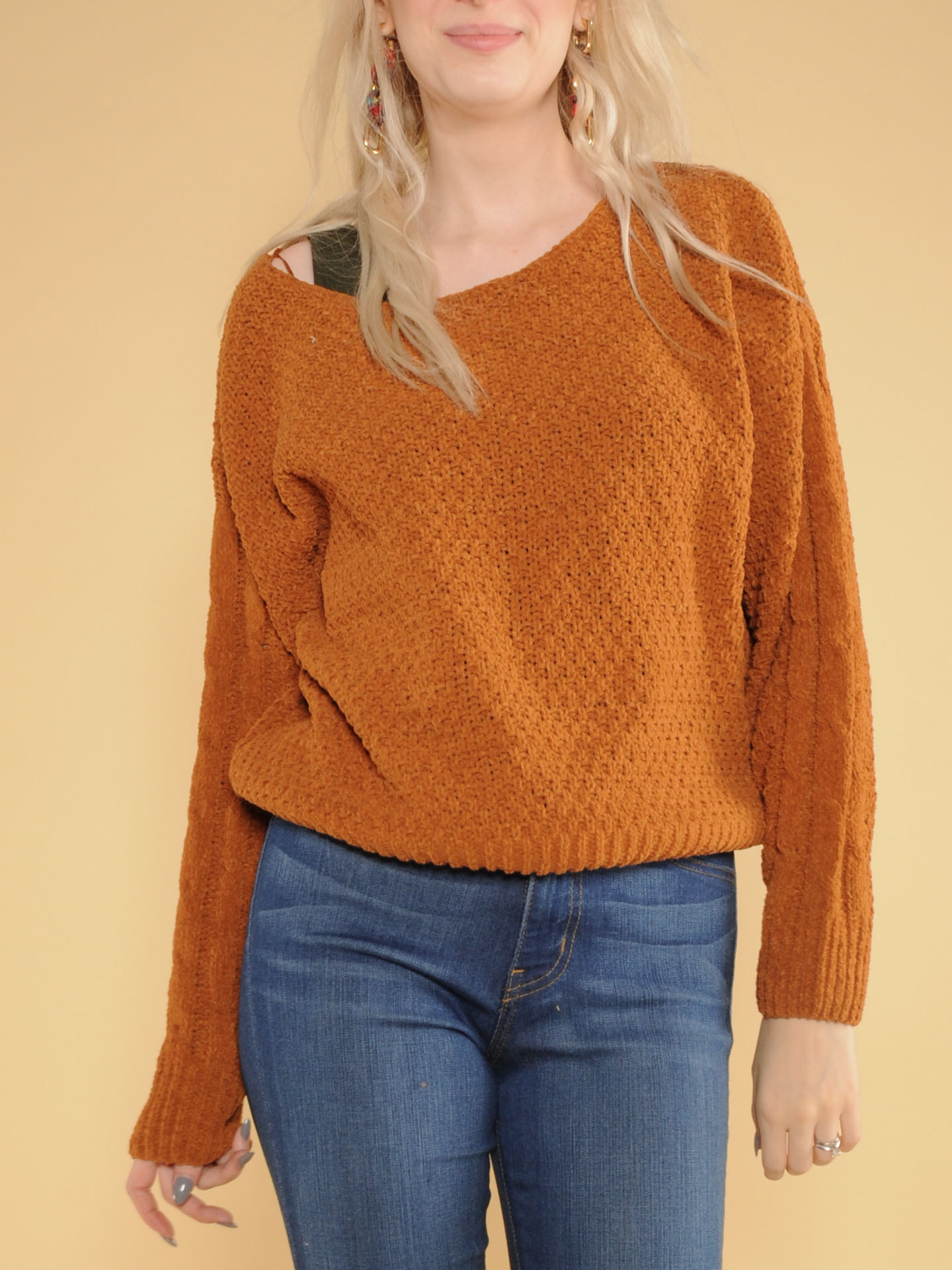 Kelly Sweater Brown Knitted Long Sleeve Front