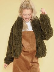 Snuggly Jacket Oopen Front Faux Fur Front