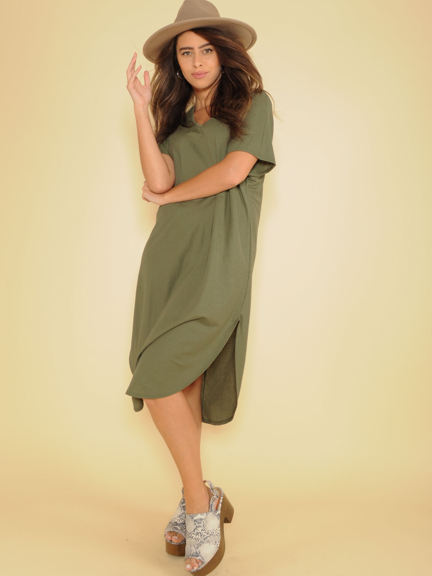 Manny Tee Dress Basic Maxi V Neck Olive Front