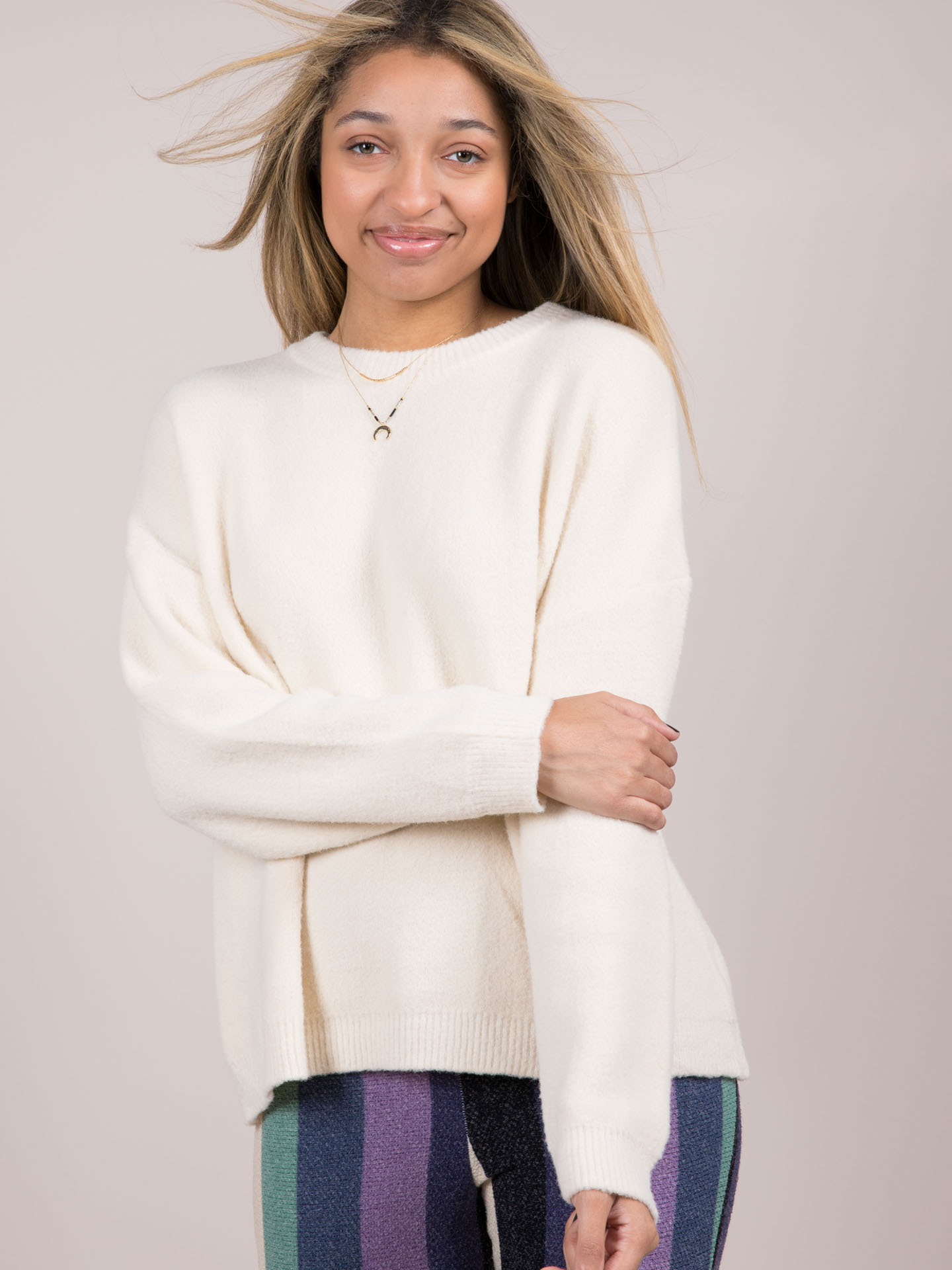 Lovesome Sweater Cream Front