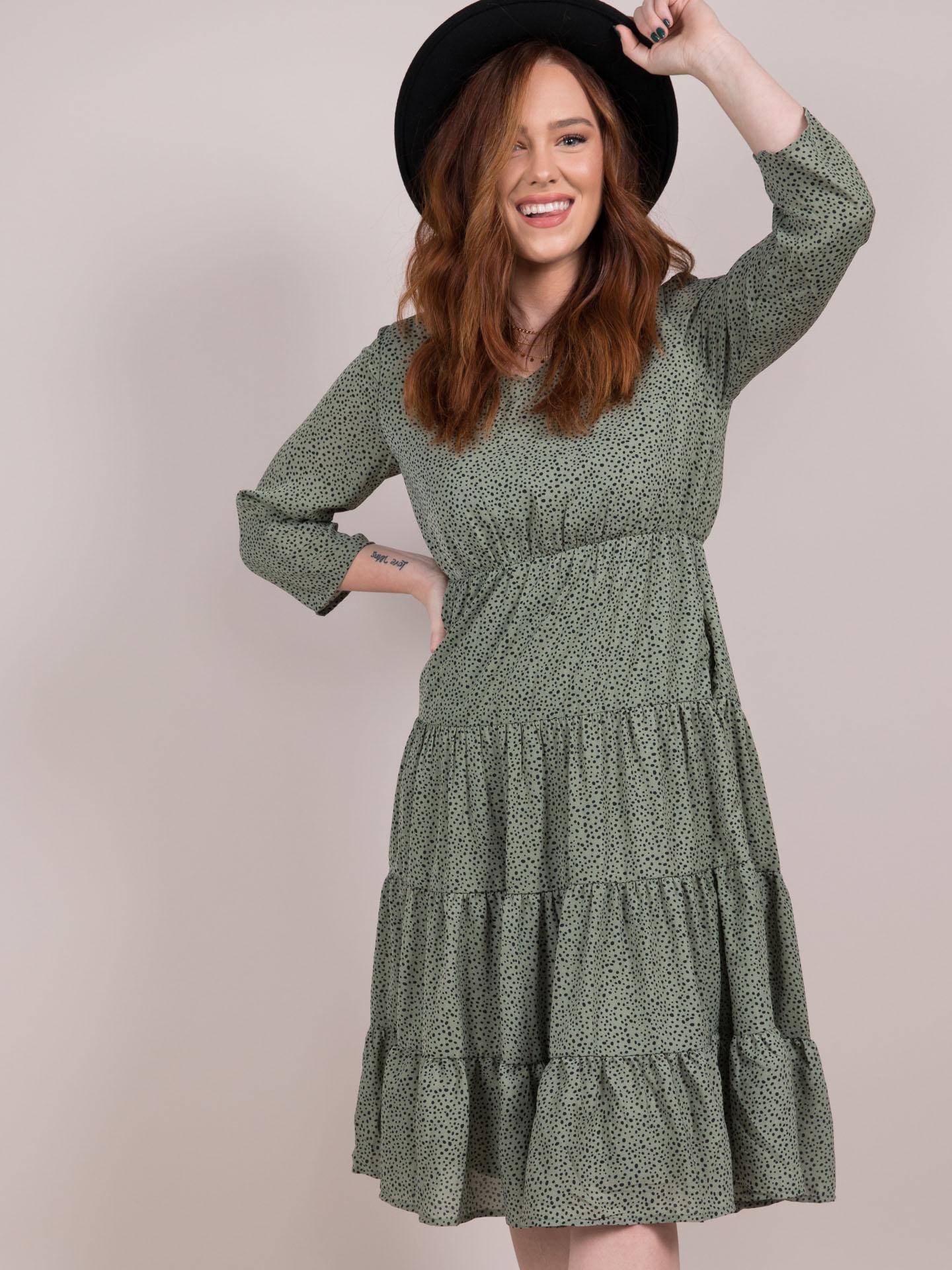 Lia Ruffle Dress Green Prairie Midi Ditsy Floral Front