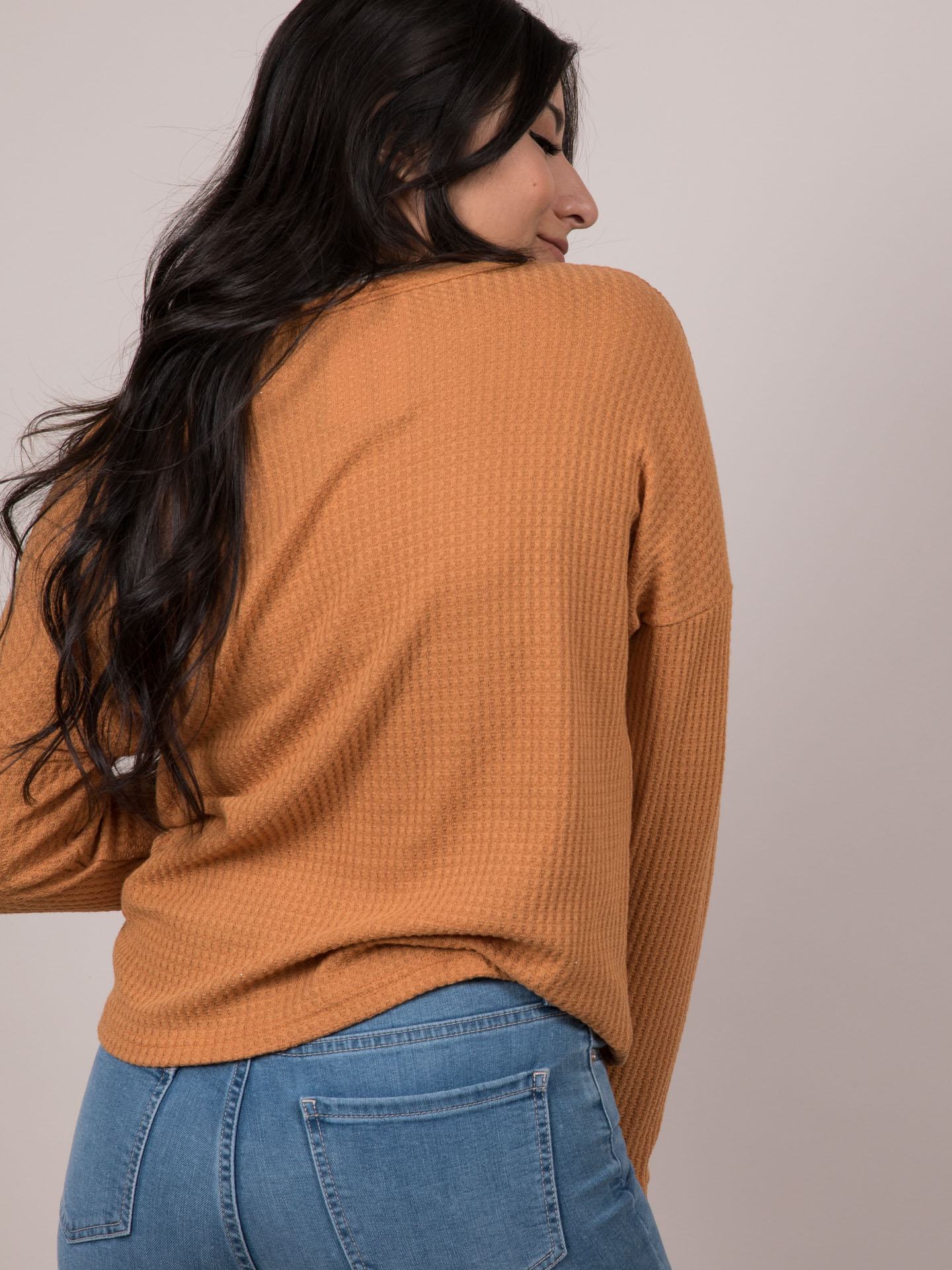 Arya Waffle Top String Cinched Middle Long Sleeve