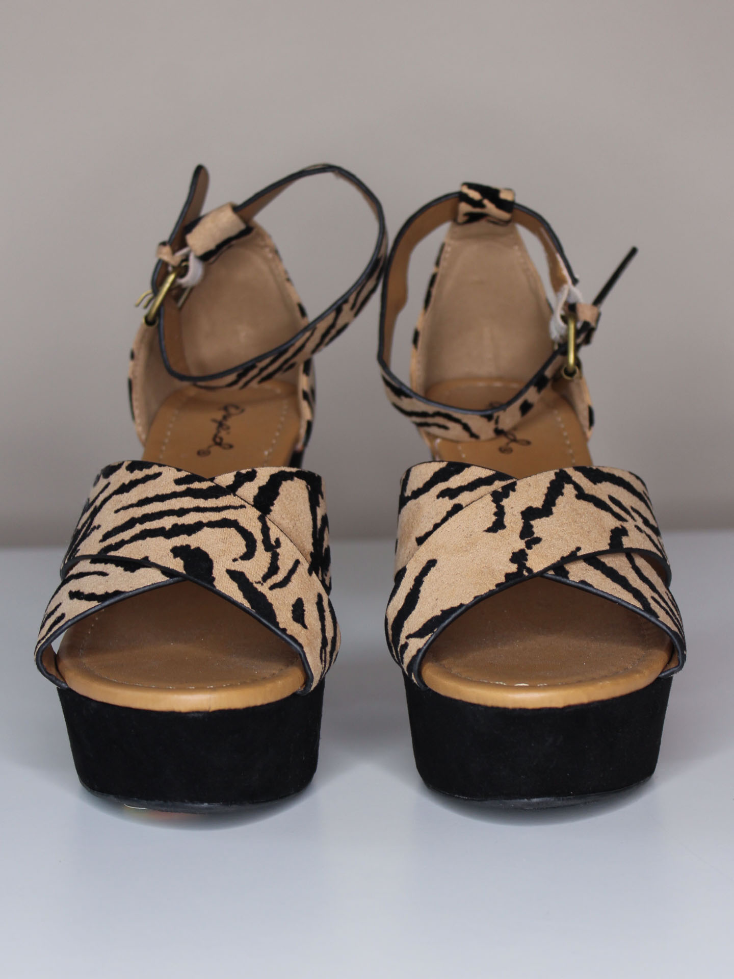 Ardor Wedge Tiger Heel Sandals