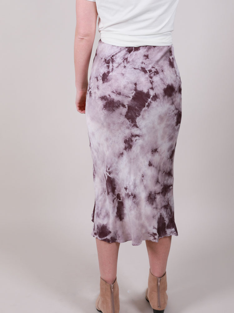 Suzuko Dye Skirt Tie Dye Purple Bodycon Midi Back