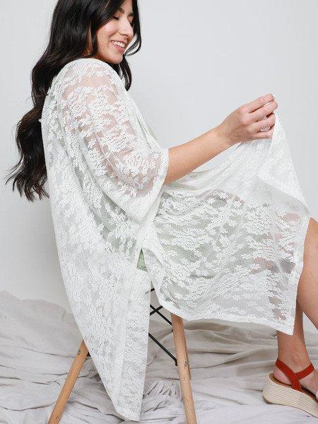 Brittany Lace Kimono