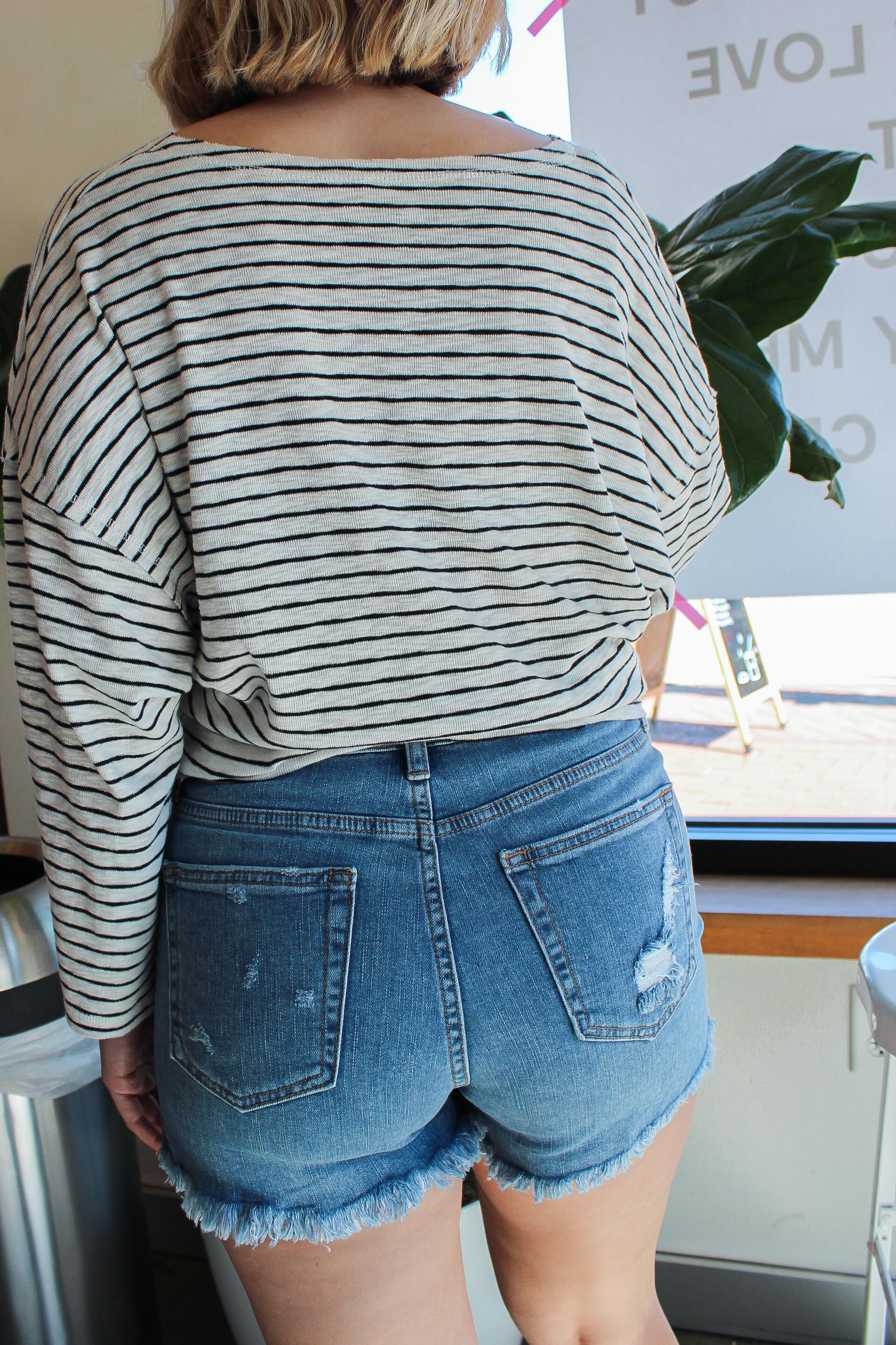 Savanna Shorts Back