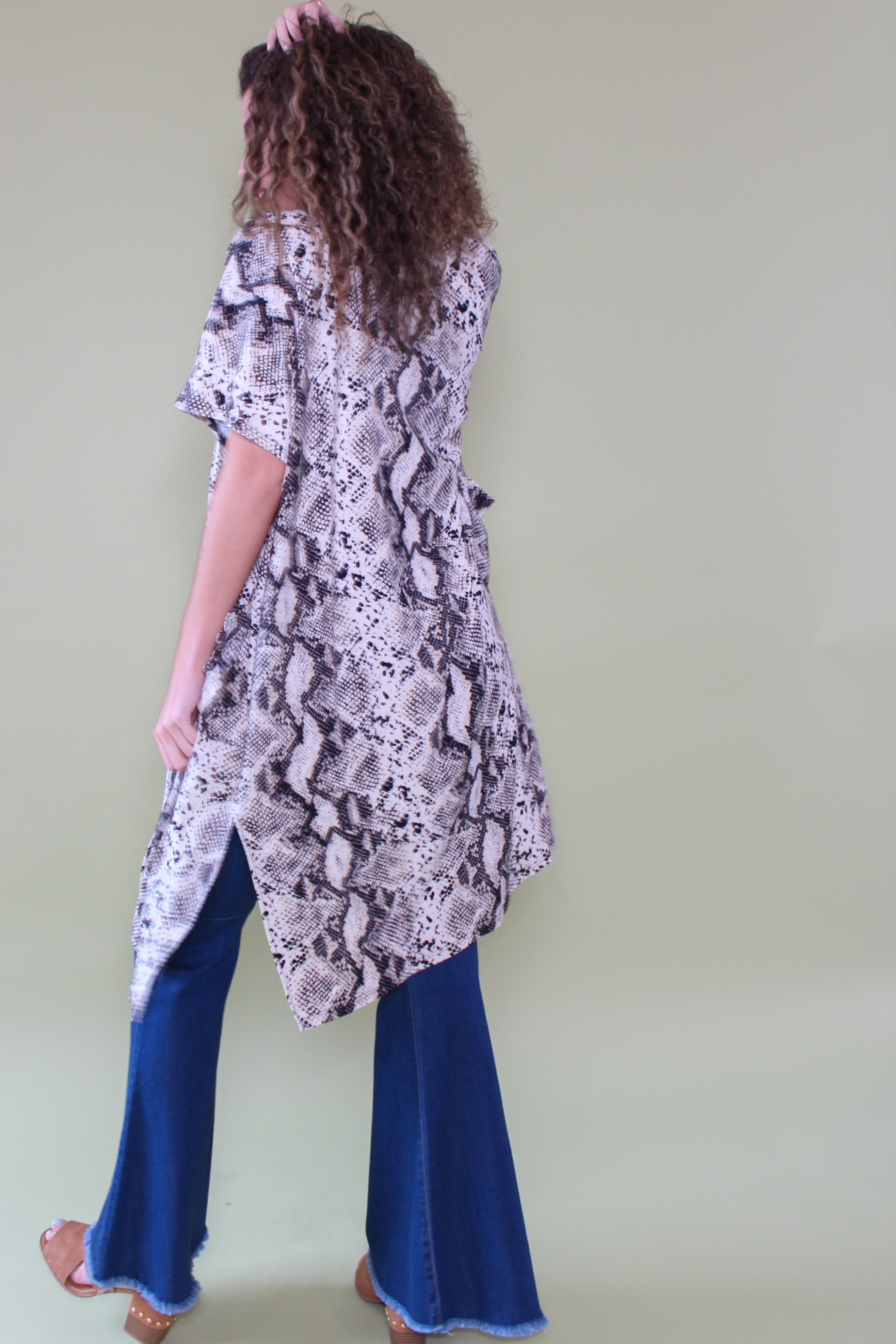Karlie Kimono