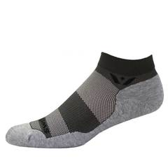 Swiftwick Maxus One Ankle Socks
